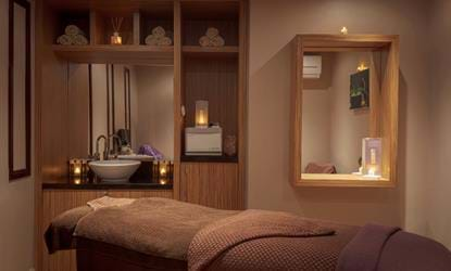 spa treatment room stratford manor